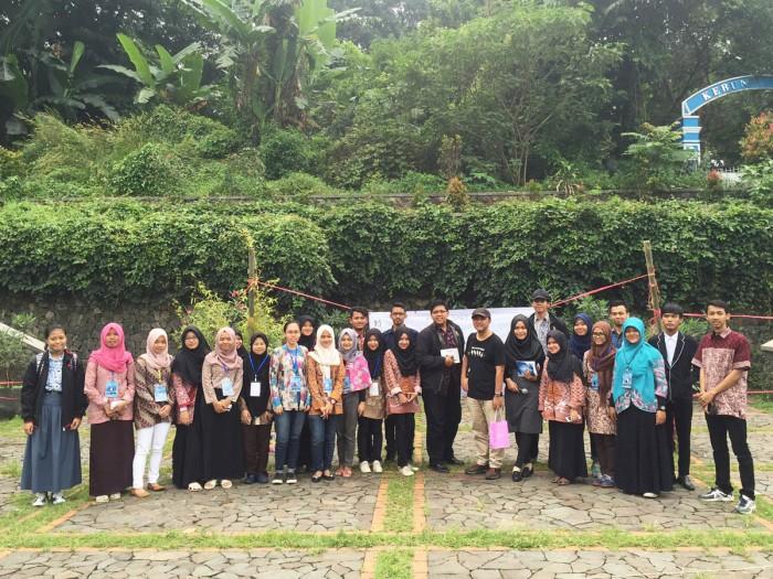 foto grup seminar upi