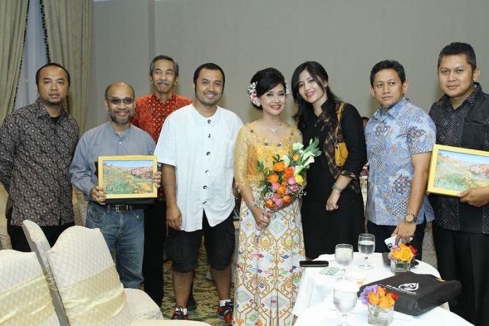 with ria pasaman